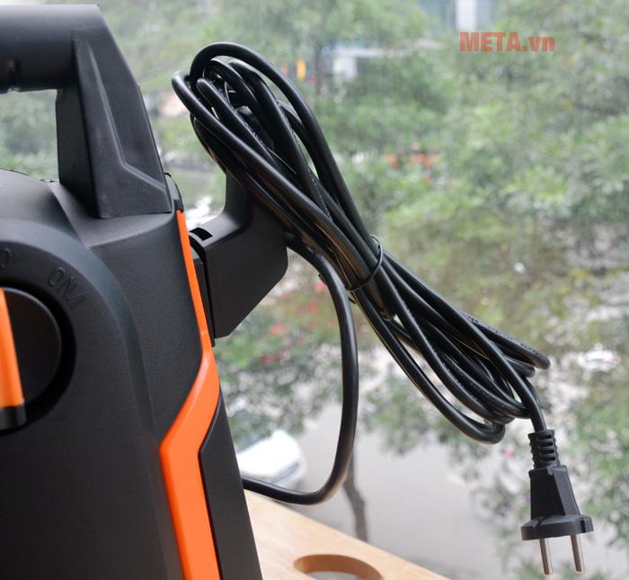 Máy rửa xe có dây điện dài