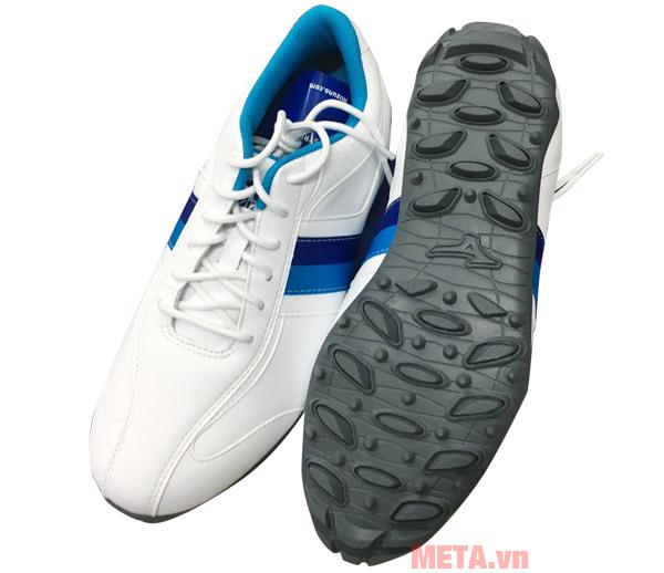 Giày được thiết kế đẹp mắt, dễ dàng sử dụng