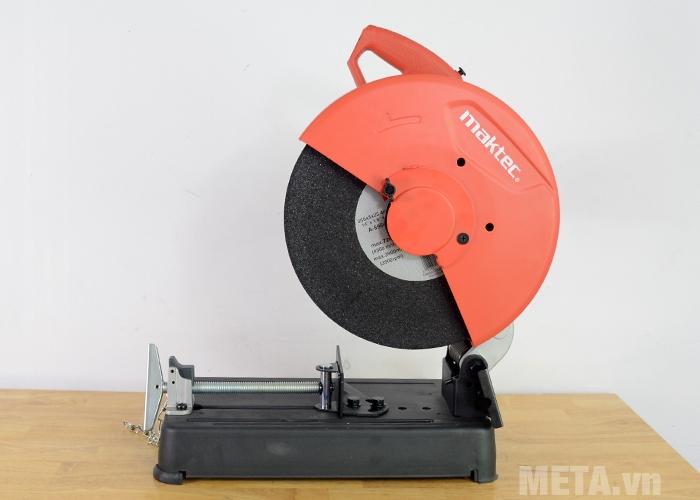 Máy cắt sắt Maktec MT241 có thiết kế chắc chắn