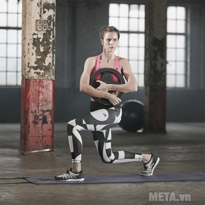 Thảm yoga Adidas ADMT-12234PL hỗ trợ tập luyện