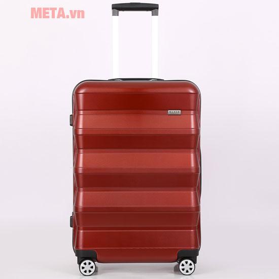 Vali gam màu đỏ nổi bật