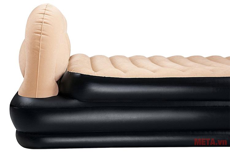 Bề mặt giường hơi được lót một lớp nỉ