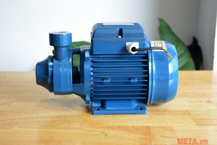 Pentax PM 80 có khả năng bơm được nước nóng