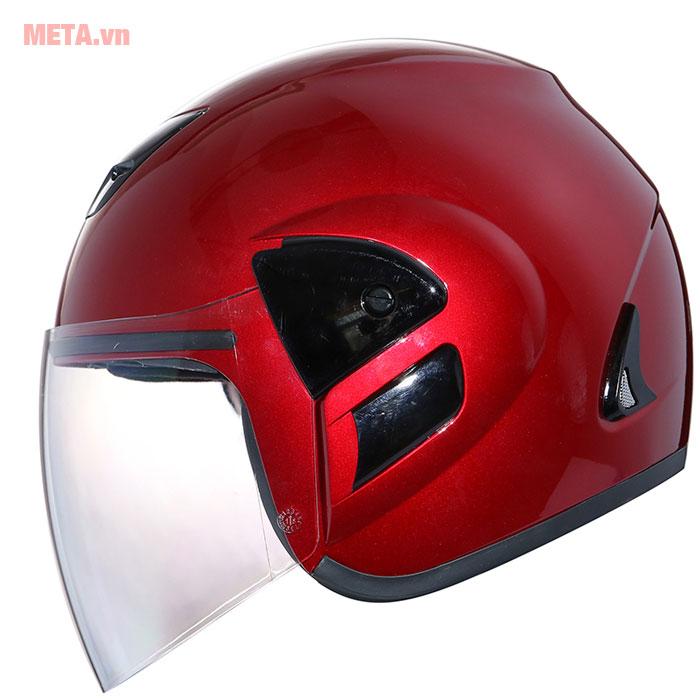 Mũ bảo hiểm màu đỏ đô