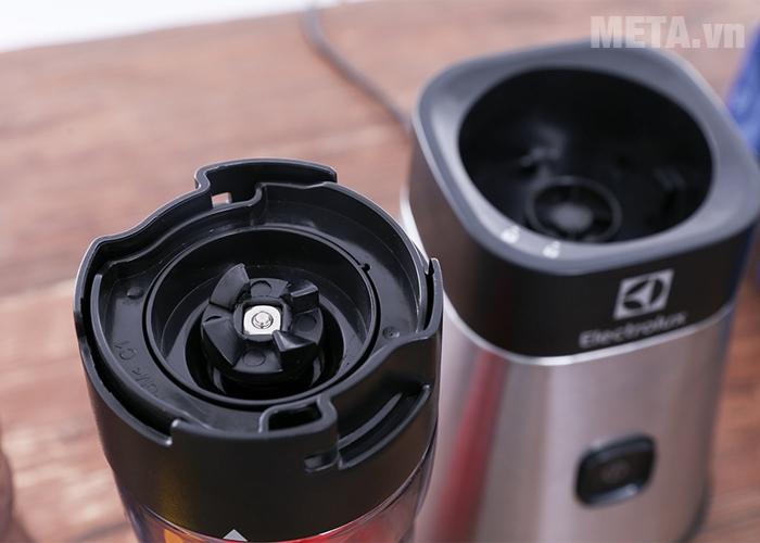 Motor máy xay sinh tố Electrolux EMB3025