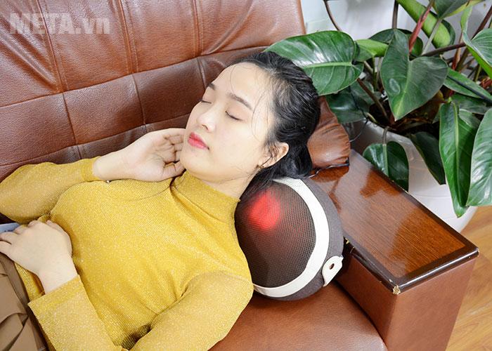 Gối massage mang đến cảm giác thoải mái