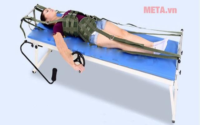 Giường kéo giãn cột sống