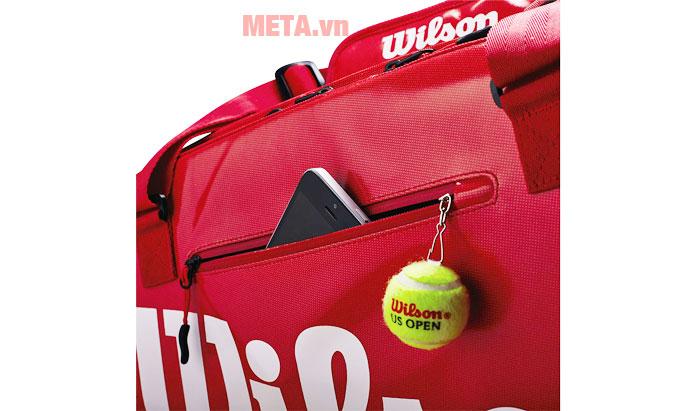 Túi đi kèm nhiều ngăn đựng phụ kiện