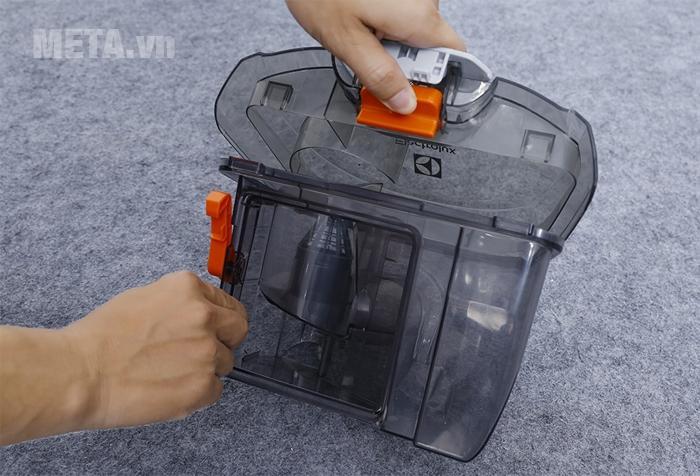 Hộp chứa bụi có thể dễ dàng tháo lắp, vệ sinh