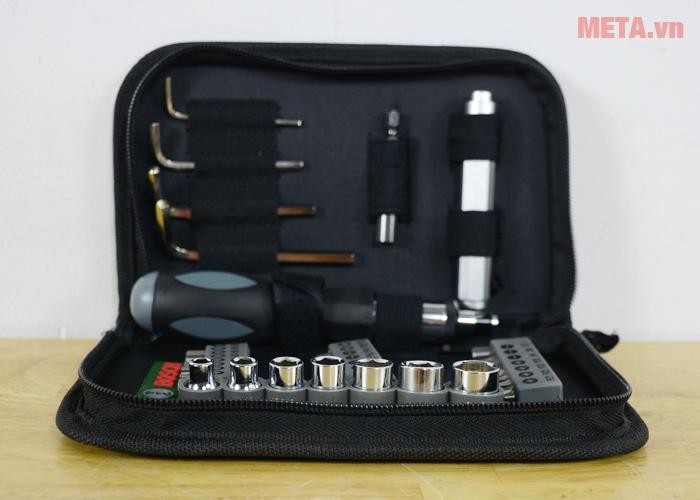 Bộ vặn vít đa năng Bosch 2607019506 có các đầu mũi vặn vít, bu lông làm bằng thép không gỉ