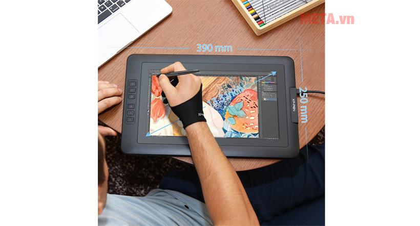 Thiết kế XP-Pen Artist 13.3 khá mỏng, nhẹ giúp bạn có thể mang theo ở bất kỳ nơi nào