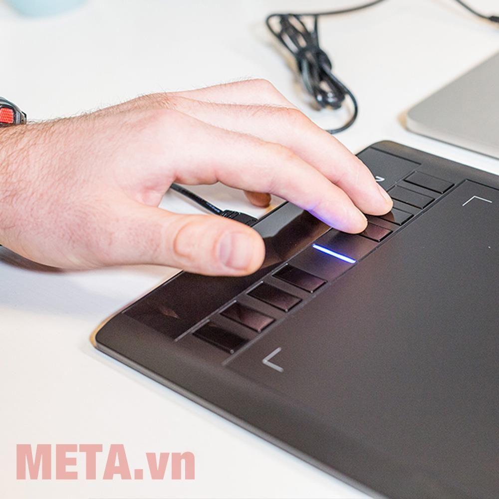 XP-Pen Star 03 trang bị 8 phím tắt tiện lợi cho công việc