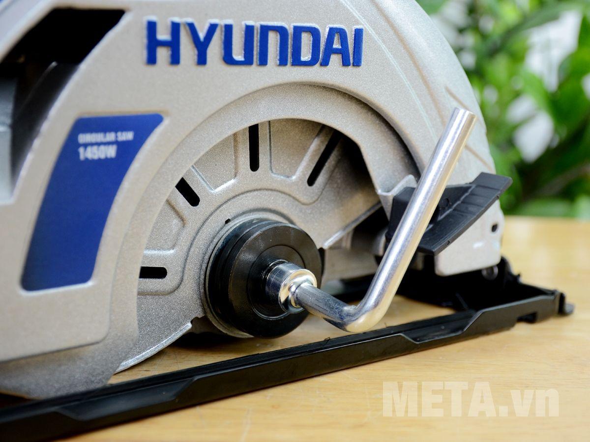 Máy sử dụng hiệu quả với đường cắt sắc bén, nhanh