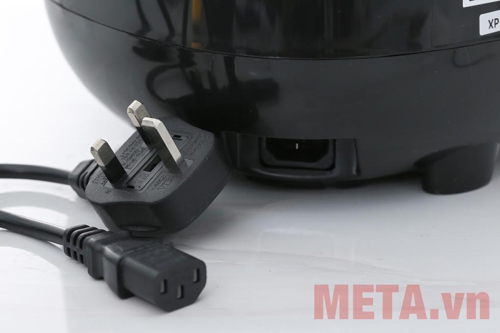 Nồi cơm điện tử Philips HD3060 sử dụng ổ cắm 3 chân