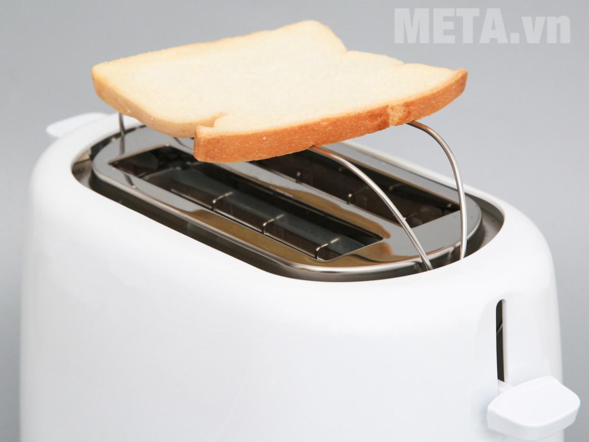 Máy nướng bánh mì Electrolux ETS1303W thiết kế tiện lợi