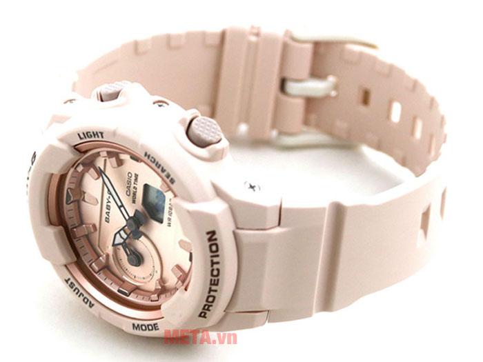 Đồng hồ được thiết kế 4 nút chức năng