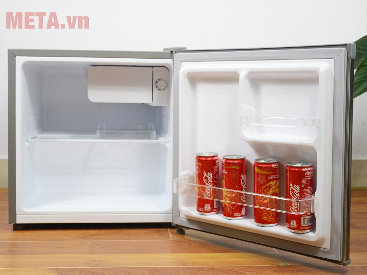 Khoang trong tủ lạnh mini