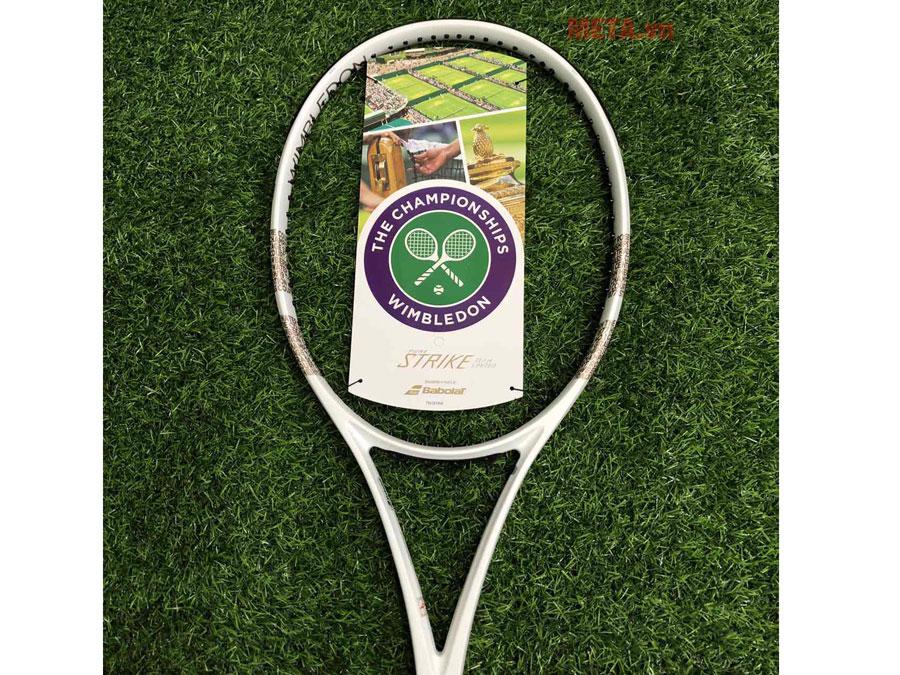 Vợt tennis trợ lực ít