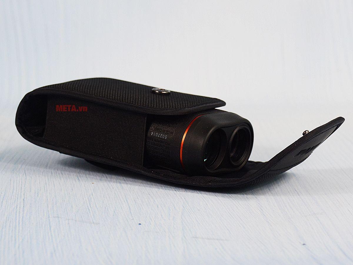 Ống nhòm đo khoảng cách Nikon Prostaff 7i được sử dụng đa dạng.