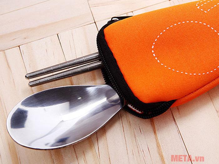 Túi đựng thìa và hộp cơm