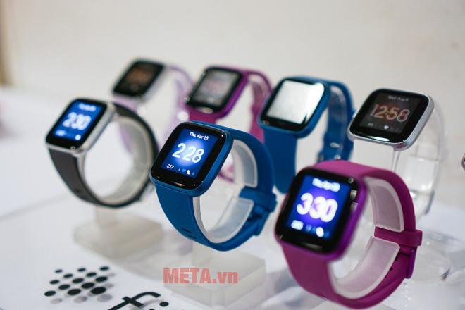 Đồng hồ thông minh theo dõi hoạt động Fibit