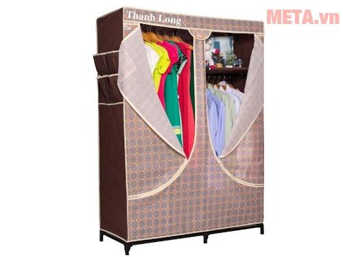 Tủ vải Thanh Long TVAI03 có bao áo làm bằng chất liệu vải không dệt nên dễ giặt giũ