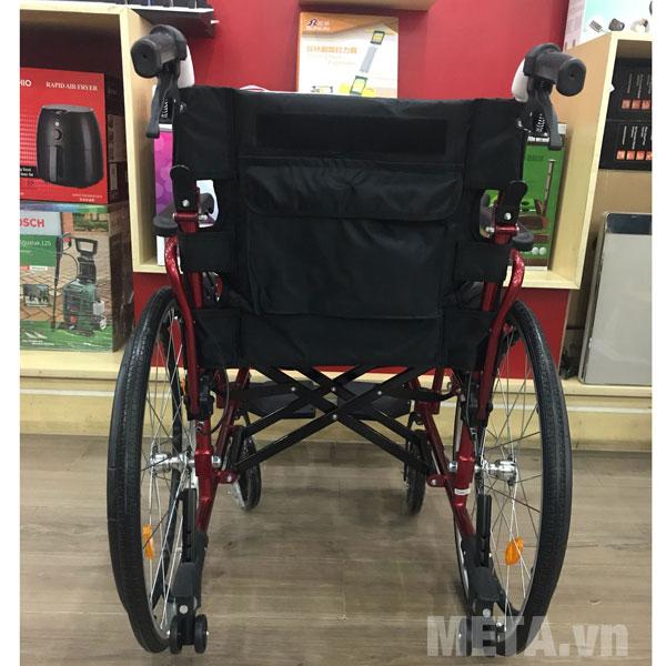 Xe lăn cho người khuyết tật