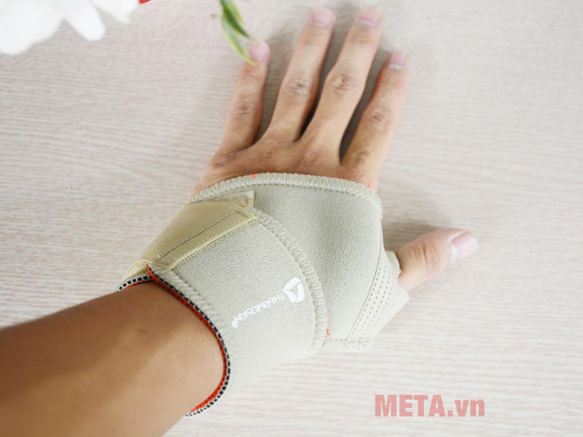 Băng nẹp khớp cổ tay