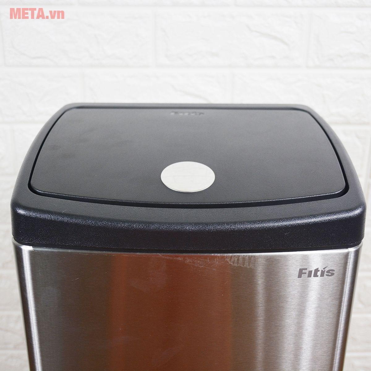 Thùng rác inox nhấn vuông lớn Fitis STL1-901 có nắp mở tiện lợi