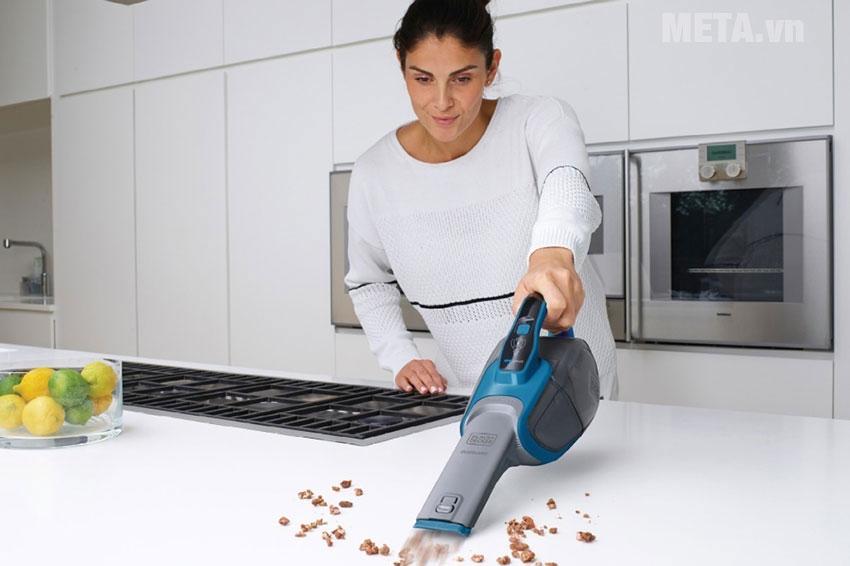 Máy hút các bụi bẩn trong bếp