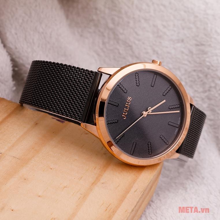 Mặt đồng hồ chống xước