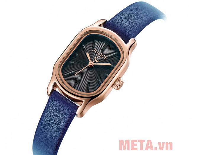 Đồng hồ nữ dùng pin