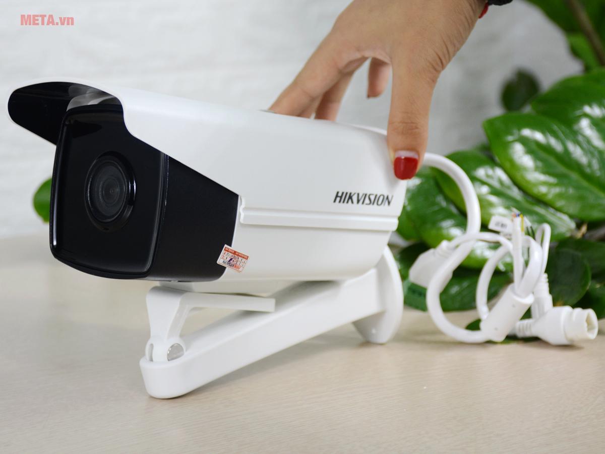 Camera Hikvision DS-2CD2T21G0-IS có nhiều tính năng vượt trội