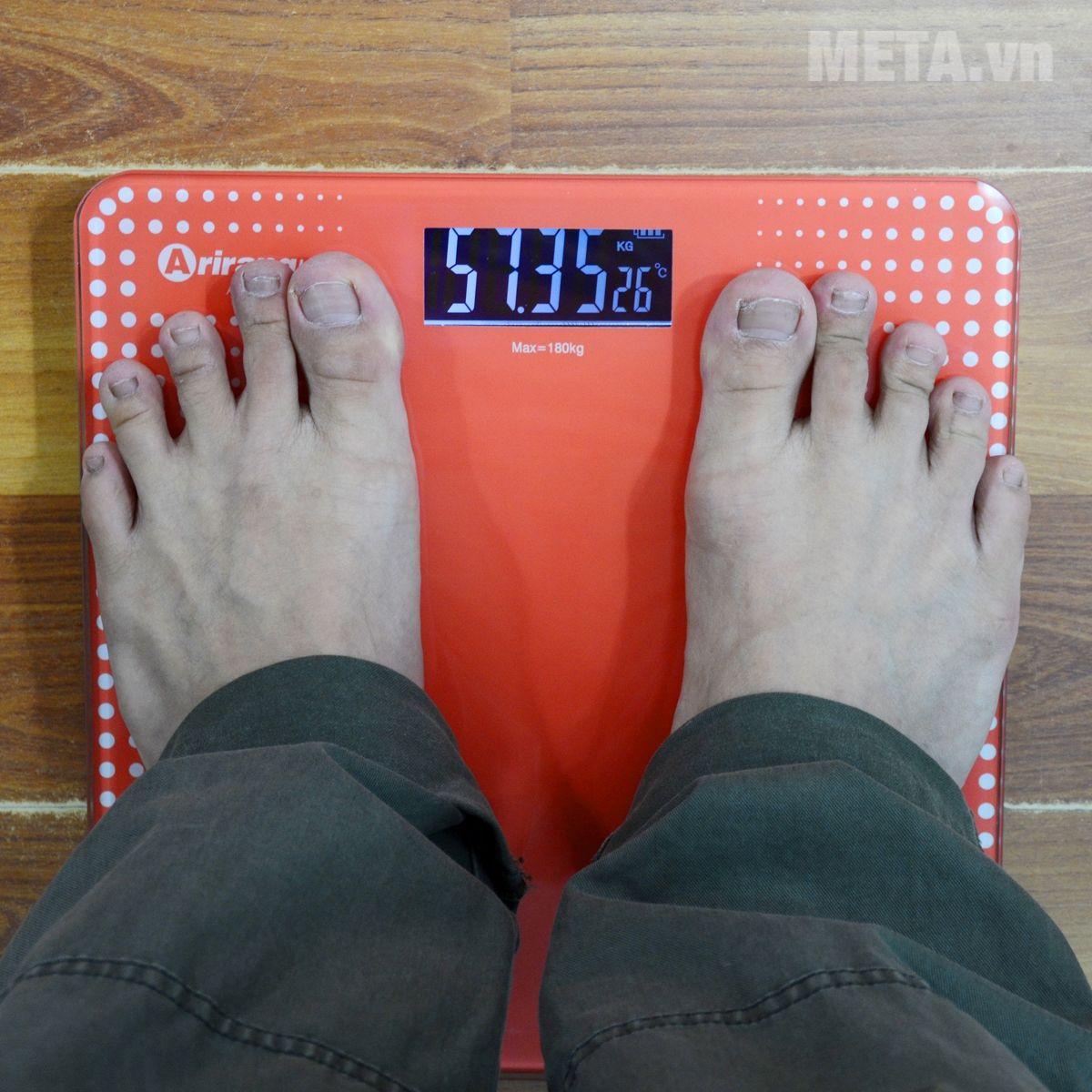 Đo cân nặng