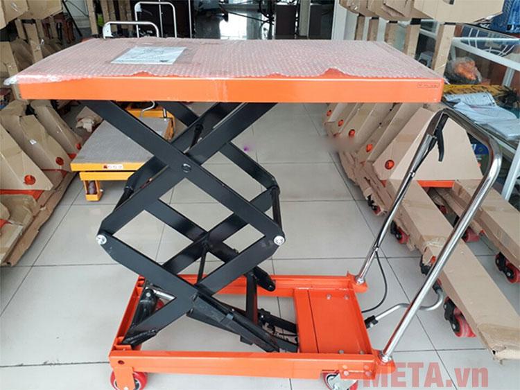 Xe nâng Meditek TT350