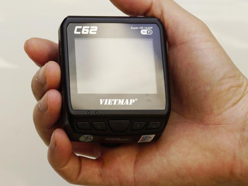 Camera hành trình Vietmap C62 chống xước, chống nước, chống bụi