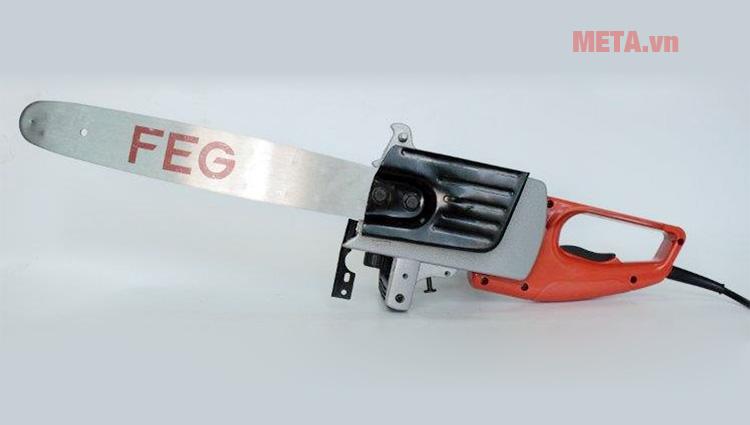 Máy cưa xích chạy điện FEG EG-881 đi kèm lưỡi lam và xích