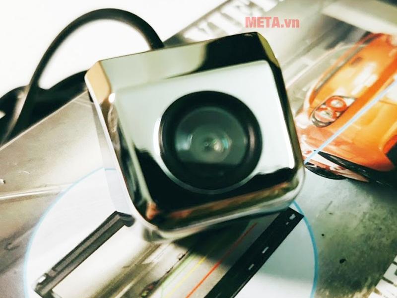 Thiết kế camera lùi Vietmap chắc chắn, thích hợp mọi điều kiện thời tiết khắc nghiệt
