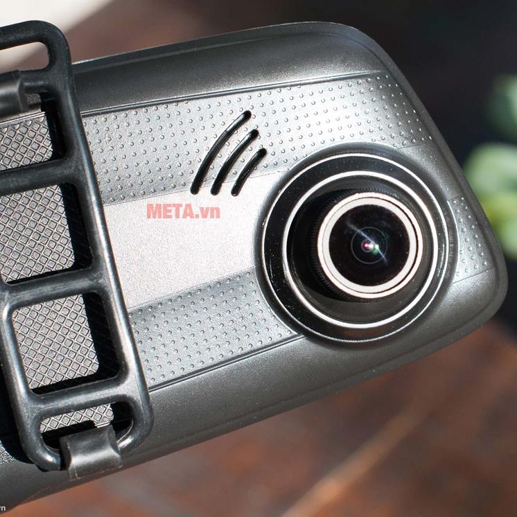 Ống kính camera lớn, quay hình chất lượng sắc nét