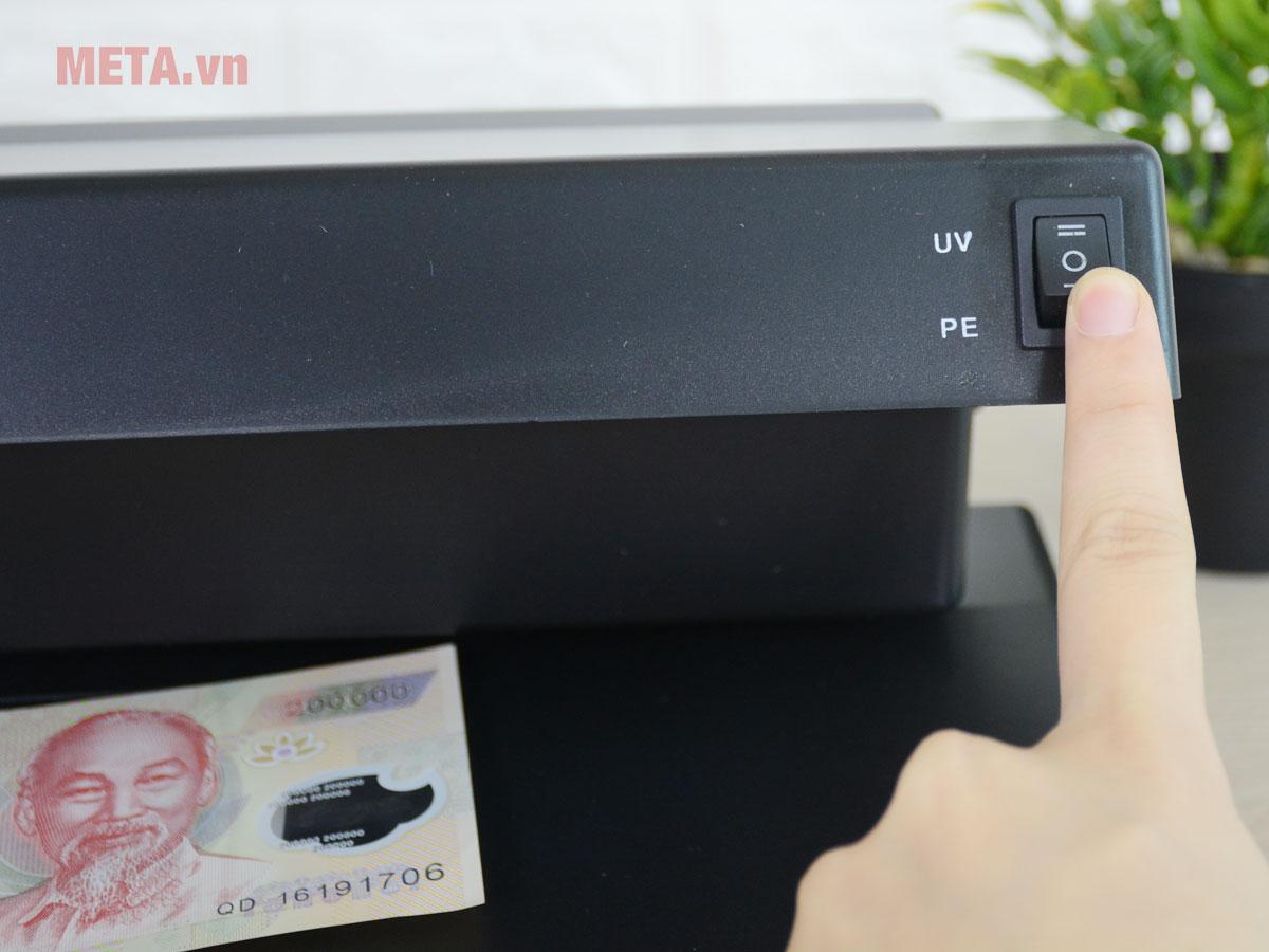 Máy soi tiền ngoại tệ giả