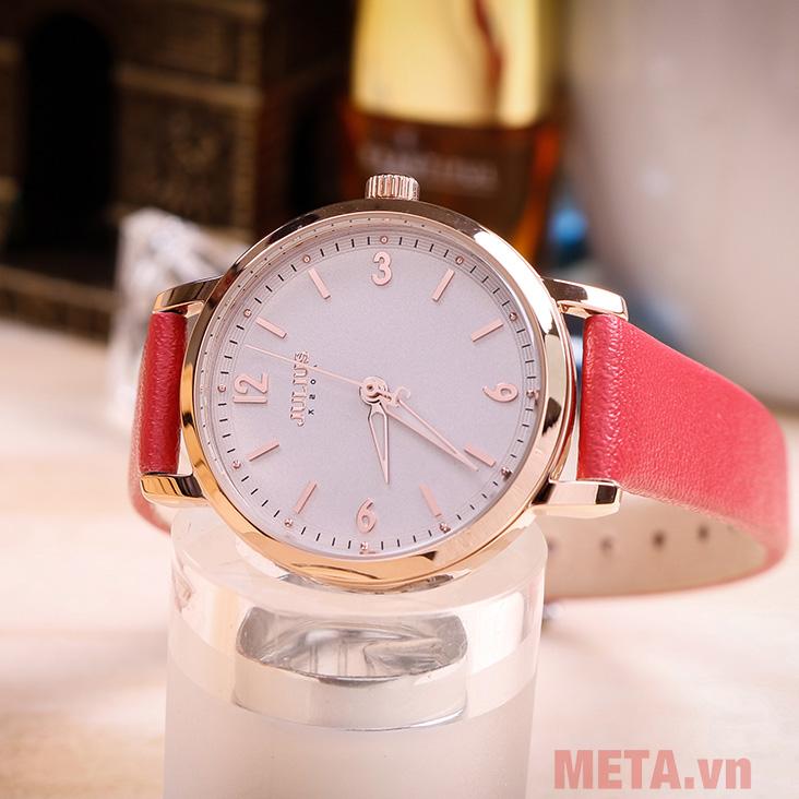 Đồng hồ nữ màu đỏ