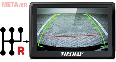 Thiết bị dẫn đường Vietmap B50 kết nối camera lùi, tự động hiển thị hình ảnh khi cài số R trong ô tô