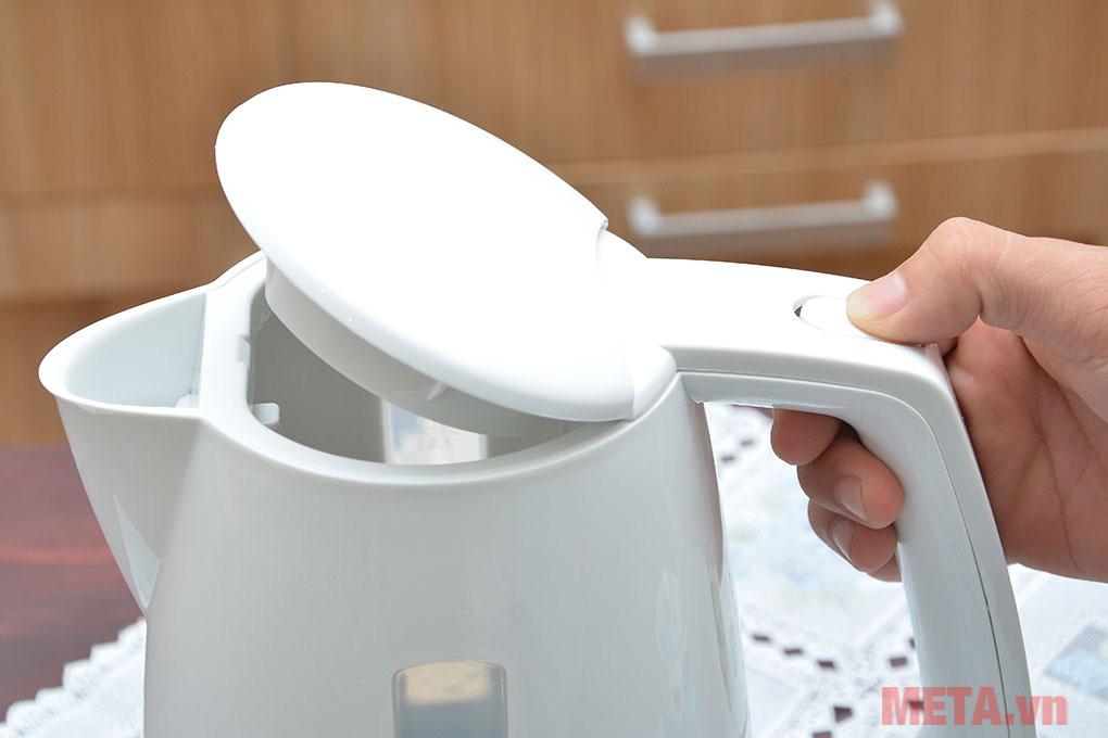 Ấm đun nước Electrolux