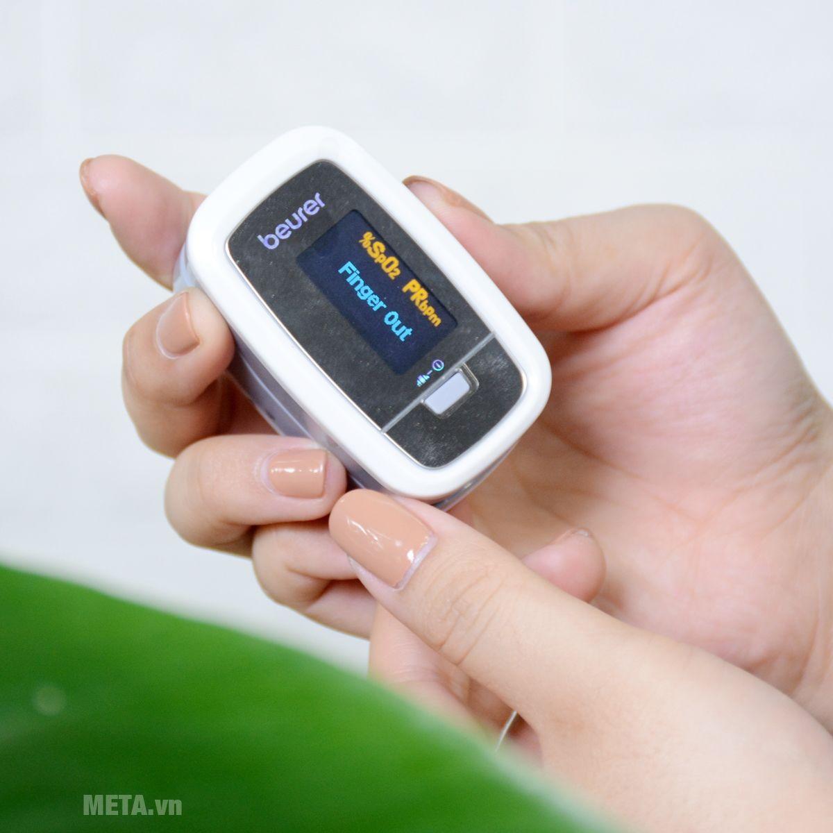 Máy đo SpO2 dùng pin