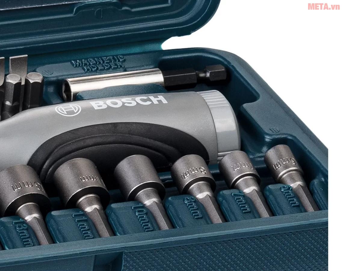 Bộ vặn vít đa năng Bosch 46 món 2607019504 sắp xếp 46 chi tiết rất gọn gàng trong hộp.