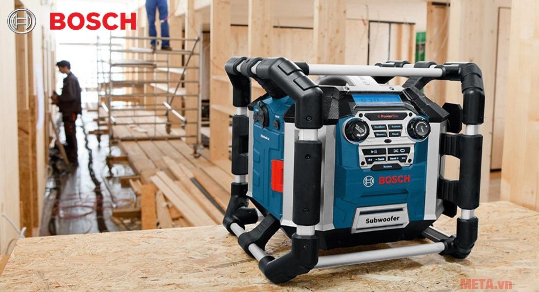 Máy Radio Bosch GML 50 sở hữu thiết kế hầm hố