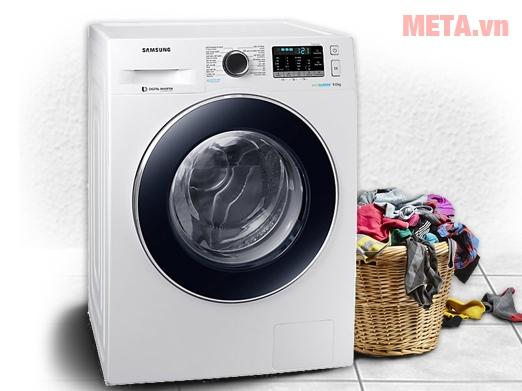 Máy giặt màu trắng