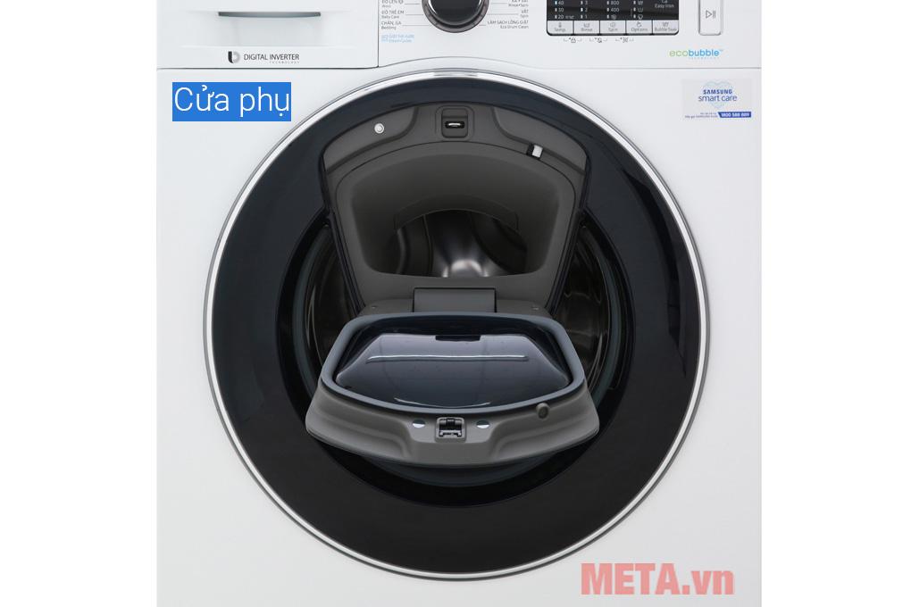 máy giặt có cửa phụ