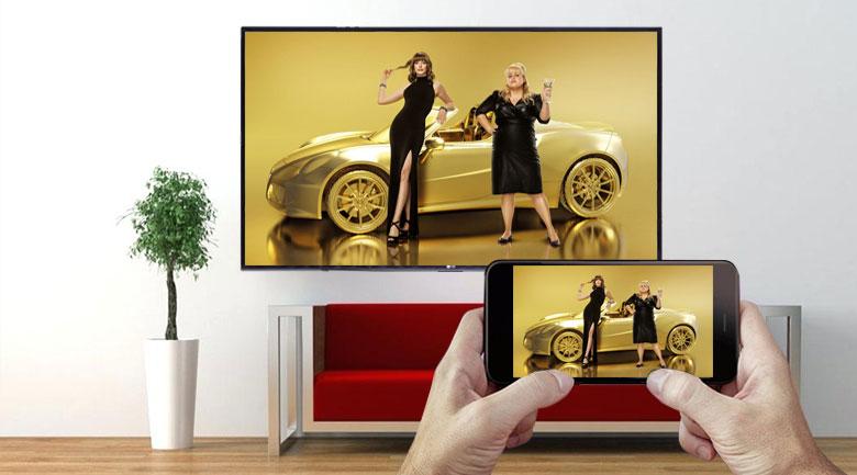 Bạn có thể trình chiếu từ màn hình điện thoại lên tivi