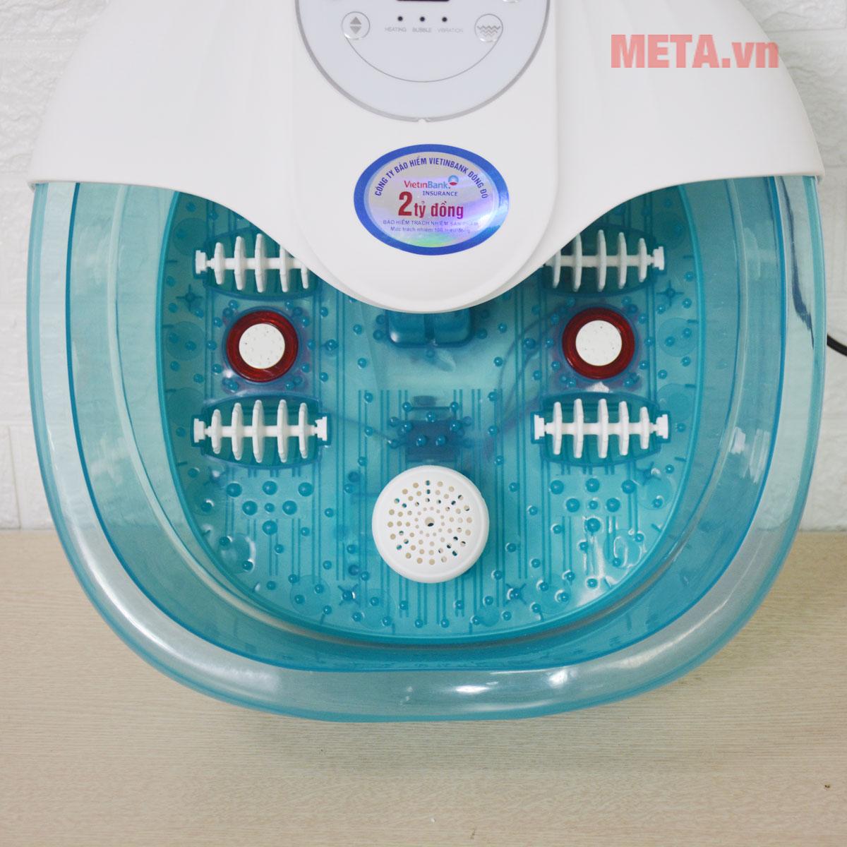 Bồn massage chân sử dụng chất liệu nhựa cao cấp chịu được va đập thông thường